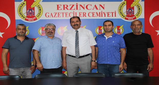 Erzincan Gazeteciler Cemiyeti'ni ziyaret