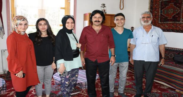 Gurbette Erzincan'ı en iyi şekilde temsil ediyor