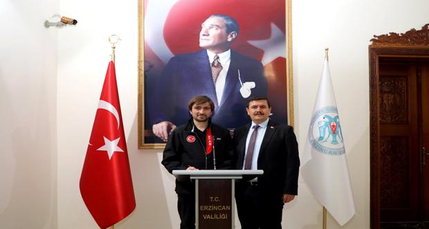 AFAD Başkanı Dr. Güllüoğlu, Erzincan Valiliği'ni Ziyaret Etti