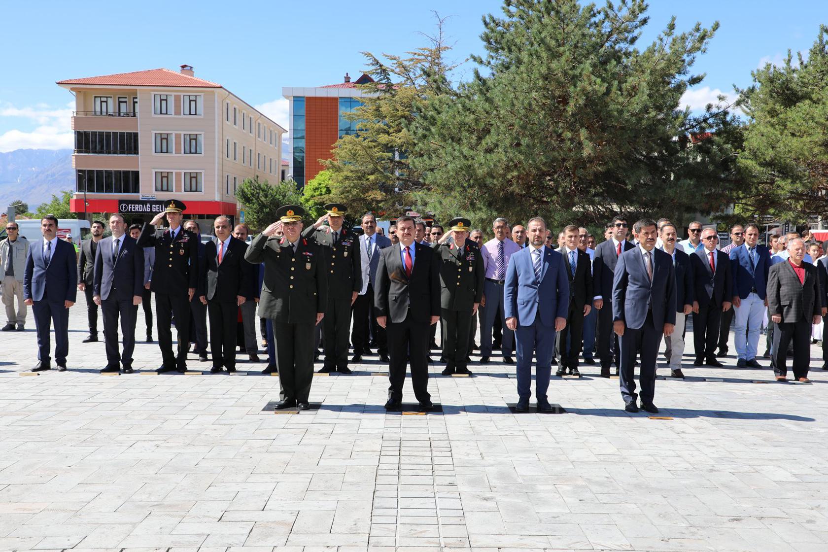 Ulu Önder Mustafa Kemal Atatürk'ün Erzincan'a Gelişinin 100. Yıl Dönümü Kutlandı