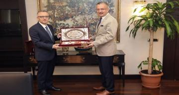 Rektör Prof. Dr. Akın Levent, Naci Ağbal'ı Ziyaret etti