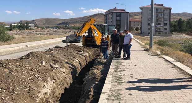 Tercan Belediyesi içme suyu şebekesi yenileniyor