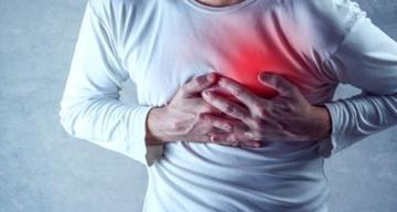 Vücudunuz Kalp Krizi Geçirmeden Bir Ay Önce Sizi Böyle Uyarıyor