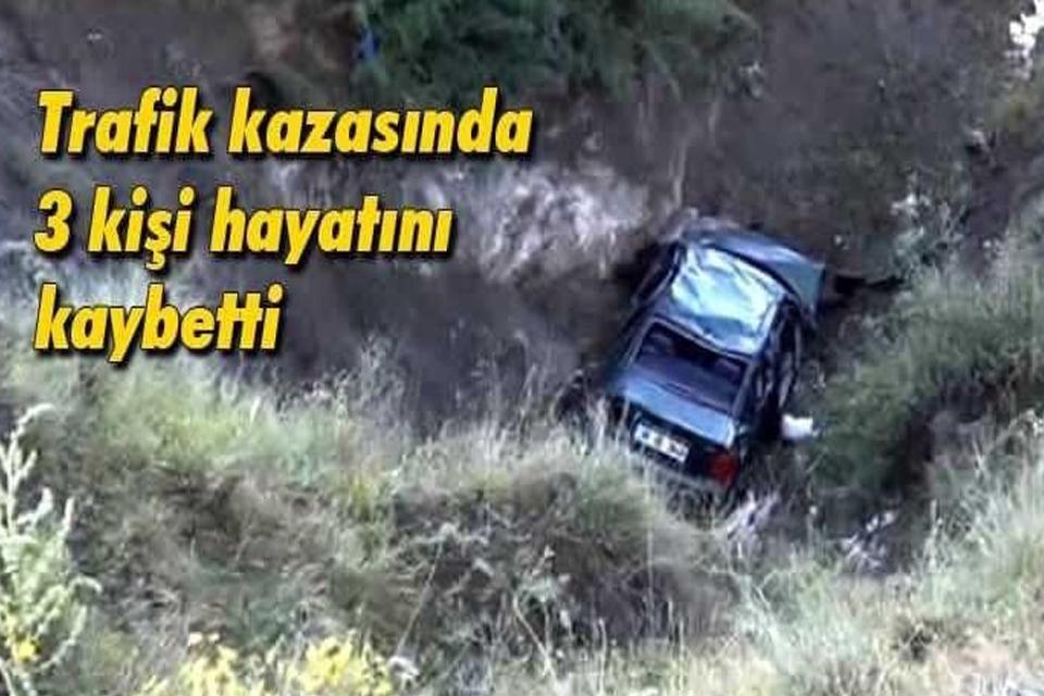 Bayburt'ta trafik kazası: 3 ölü