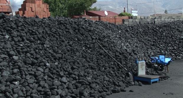 Kömür ve Odun Satıcılarında Kışa hazırlık