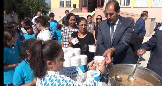 Ulalar Anadolu Lisesinde Aşure Etkinliği