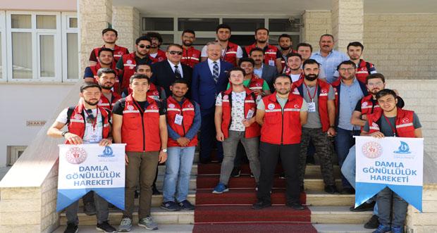 """""""Damla Projesi"""" Gönüllü Gençlerinden Prof. Dr. Akın Levent'e Ziyaret"""