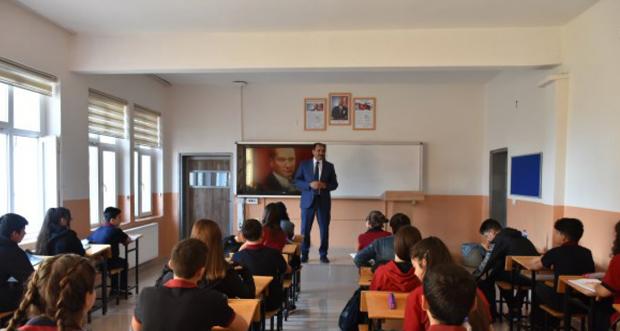 İl Millî Eğitim Müdürü Aziz GÜN Erzincan Lisesi'ni ziyaret etti