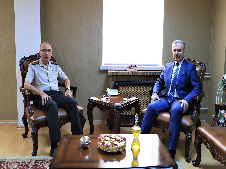 3. Ordu Komutanı Korgeneral Şeref Öngay Rektör Prof. Dr. Akın Levent'i Ziyaret Etti
