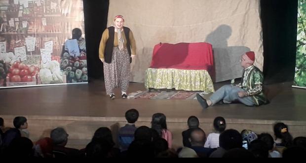 Keloğlan adlı tiyatro gösterimi yapıldı