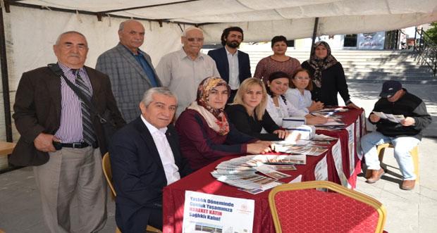 Erzincan'da Dünya Yaşlılar Günü Etkinliği Gerçekleştirildi