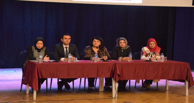 """Kadına Yönelik Şiddete Karşı Uluslararası Mücadele Günü"""" Paneli"""