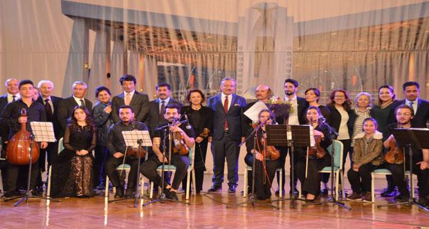 """""""Özdemir Hafızoğlu 24 Kasım Öğretmenler Günü"""" konseri yapıldı"""