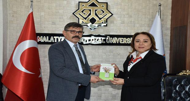"""Malatya Turgut Özal Üniversitesi MTÜ' de öğrencilerle """"Yüz yüze etkinliği"""" yapıldı"""