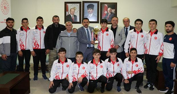 Erzincan Gençlik Spor Güreşçileri 2. Ligde