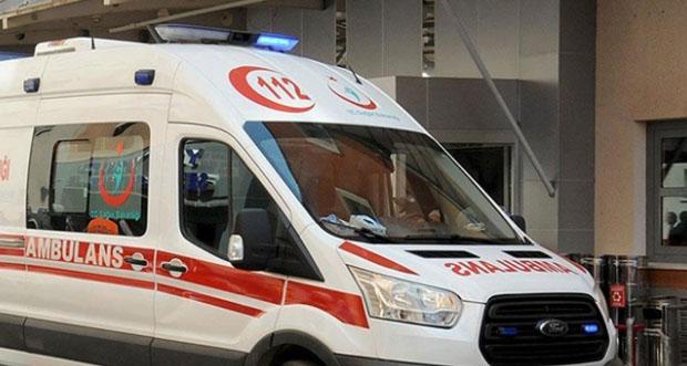 Erzincan'da trafik kazasında aynı aileden 1'i bebek 5 kişi yaralandı