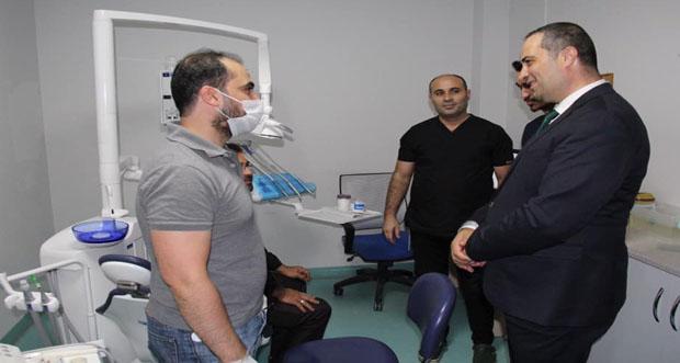 Erzincan İl Sağlık Müdürü Doç. Dr. Erkan Hirik tüm diş hekimlerinin, 22 Kasım Diş Hekimleri Günü'nü kutladı