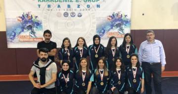 Milli İrade Özel Eğitim Uygulama Okulu Kadın Futsal Takımı il birincisi oldu