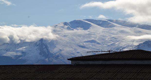 Erzincan dağları beyaza büründü
