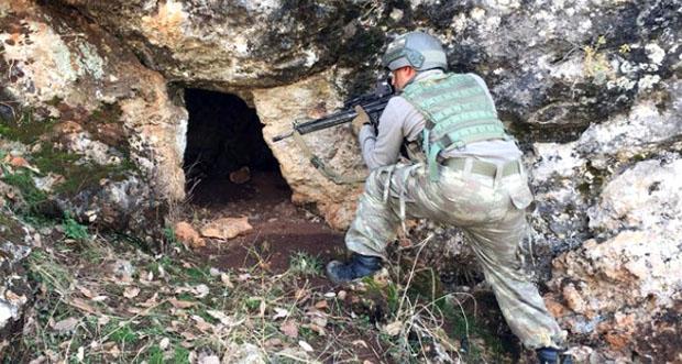 Erzincan'da sığınak ve mağaralara operasyon düzenlendi