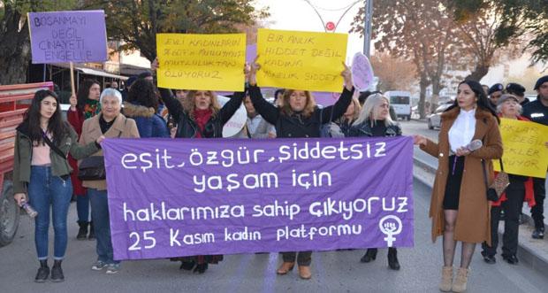 Kadın Hakları için yürüdüler