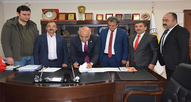 İliç Belediye Başkanlığı WEB TAPU Sistemi üzerinden elektronik ortamda işlem yapılmasına ilişkin protokolü İmzaladı