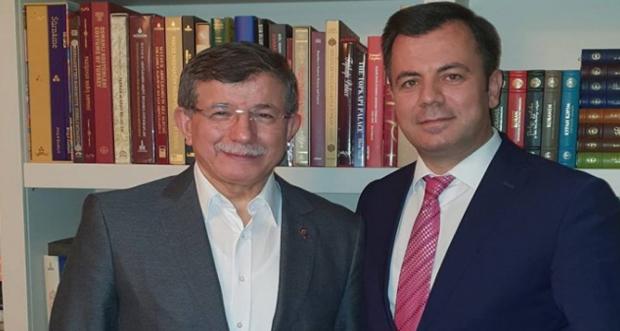 Yeni kurulan partiye giren adaylardan 3 isim Erzincan' dan