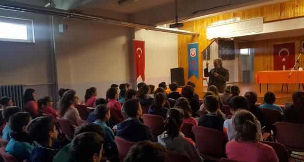 """""""Yazarlar Erzincan""""da Projesi Kapsamında Yazar Fatih Erdoğan Öğrencilerle"""