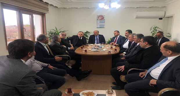 Milletvekilleri Cemal Albayrak'ı ziyaret ettiller