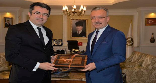 Rektör Prof. Dr. Akın Levent' den Erzurum Valisi Okay Memiş'e Ziyaret