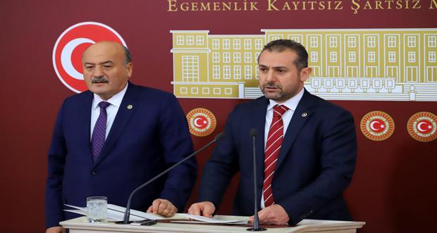 AK Parti Erzincan Milletvekilleri Süleyman Karaman ve Burhan Çakır, Erzincan'ın 2019 yılı çalışma ve yatırımlarının değerlendirmesini yaptılar