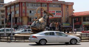 Erzincan'da trafiğe kayıtlı araç sayısı Şubat ayı sonu itibarıyla 60 045 oldu