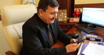 Erzincan Valisi Ali Arslantaş vefa sosyal destek grubu hizmetleri devam ediyor dedi