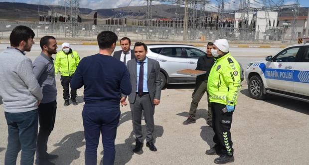 Erzincan'ın Refahiye İlçe Kaymakamı Eyüp Kaykaç'tan Kurumlara Moral Ziyareti
