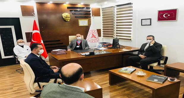 AKP Teşkilatı Erzincan Binali Yıldırım Üniversitesi Mengücek Gazi Eğitim ve Araştırma Hastanesini ziyaret etti