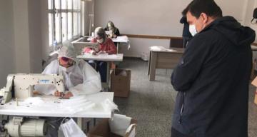 Vali Arslantaş Halk Eğitim Merkezinde Üretimi Yapılan Maskeleri Yerinde İnceledi
