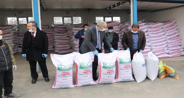 Erzurum'da bin 293 çiftçiye 'Yazlık Buğday Tohumu' desteği yapıldı
