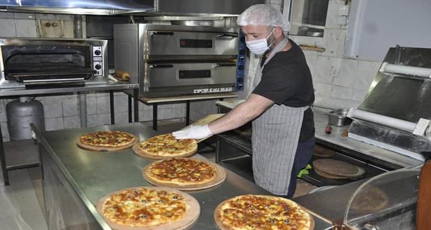 Tunceli de bir işletmeci 62 vatandaşa ücretsiz sıcak yemek dağıtacak