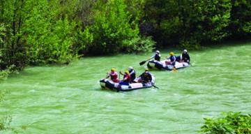 Tunceli'de Yılın İlk Raftingi Yapıldı