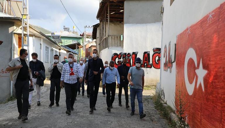 Vali Mehmet Makas Refahiye ve Kemah'ta İncelemelerde Bulundu
