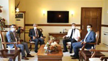 1.Ağır Ceza Mahkemesi Başkanı Nuri Kaplan ve Mahkeme Üyeleri Erzincan Valisi Mehmet Makas'a Hayırlı Olsun Ziyaretinde Bulundular