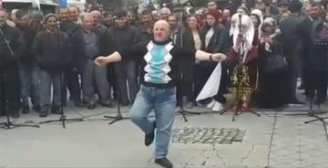 BİZİM AKİF'İN VİDEOSU İZLENME REKORU KIRIYOR